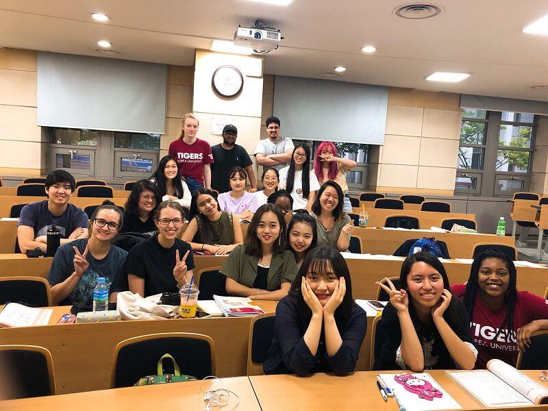 Độ tuổi du học Hàn Quốc phù hợp nhất là bao nhiêu?